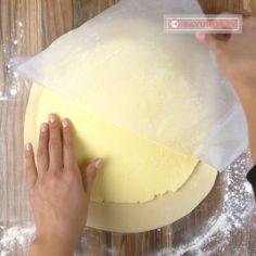 Cum să prepari un aluat foietaj reușit și gustos. Noi azi îți spunem secretul! - savuros.info Dairy, Orice, Cheese, Recipes, Food, Recipies, Essen, Meals, Ripped Recipes