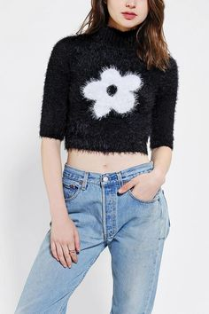 Motel Verona Daisy Cropped Sweater #urbanoutfitters