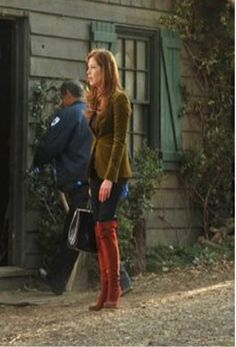 Dana Delany wears High Simple B boots in red suede for Episode 3 of Body of Proof Season 3 Tamara Tunie, Dana Delany, Office Fashion, Steampunk Fashion, Most Beautiful Women, Redheads, Actresses, Episode 3, Southern Charm