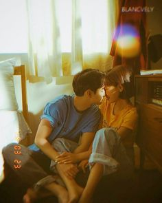 cozy in-home engagement photo Couple Photography Poses, Film Photography, Cute Couples Goals, Couple Goals, From Dusk Till Down, Couple Ulzzang, Couple Travel, Korean Couple, Japanese Couple