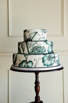 Hand Painted Grey Flowers on Tiered Cake