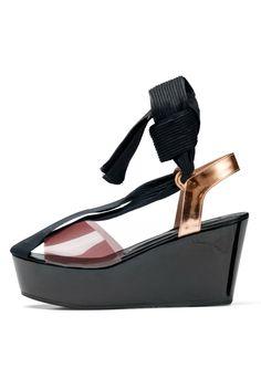 Style.com Accessories Index : spring 2012 : Dries Van Noten