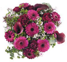 Lun stemning blomsterbukett Floral Wreath, Wreaths, Home Decor, Decoration Home, Room Decor, Bouquet, Flower Band, Interior Decorating, Floral Arrangements