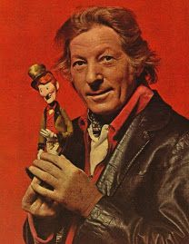 RANKIN/BASS' HERE COMES PETER COTTONTAIL #DANNYKAYE