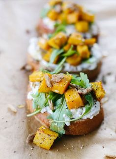 Pumpkin, Ricotta & Arugula Bruschetta recipe paired with Kendall-Jackson Vintner's Reserve Chardonnay is the perfect fall appetizer combo. Menu inspiration ideas for brunch, birthday party, bridal shower, engagement party. Thanksgiving Appetizers, Appetizers For Party, Thanksgiving Recipes, Fall Recipes, Appetizer Recipes, Popular Appetizers, Thanksgiving Feast, Hacks Cocina, Vegetarian