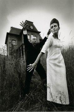 Jeanloup Sieff,Alfred Hitchcock et Ina sur le plateau de 'Psycho', Harper's Bazaar, 1962
