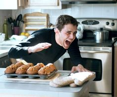 when u just gotta scream at the muffins Xavier Dolan, Scream, Lightning, Acting, Muffins, Characters, Illustrations, Eyes, Film