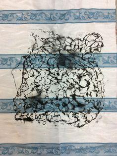 Linha  e o vocabulário partilhado entre o desenho e o têxtil  ( trabalho de uma estudante )