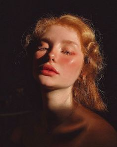 Aesthetic Words, Aesthetic People, Aesthetic Girl, Face Aesthetic, Aesthetic Pictures, Aesthetic Clothes, Face Reference, Photo Reference, Photographie Portrait Inspiration