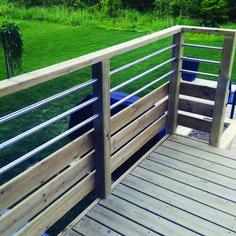 Horizontal deck railing. Horizontal deck railing, Deck