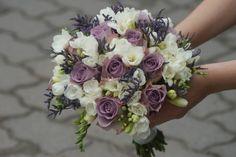 Bukiet. Róża Memory Line, Frezja biała, Limonium. Floral Wreath, Wedding Ideas, Wreaths, Decor, Photos, Decorating, Flower Crowns, Door Wreaths, Deco Mesh Wreaths