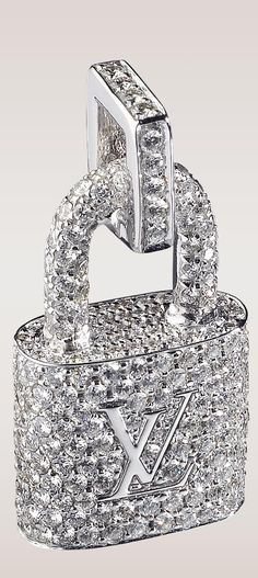 ~Louis Vuitton Diamond Padlock Pendant  | The House of Beccaria#