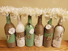 Painted wine bottle decor Wine Bottle Art, Glass Bottle Crafts, Diy Bottle, Reuse Bottles, Painted Wine Bottles, Mason Jar Diy, Mason Jar Crafts, Wrapped Wine Bottles, Twine Wine Bottles