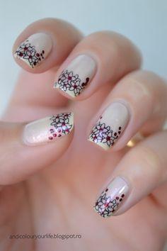 Flowers over nude   #nail design #nail art #polish