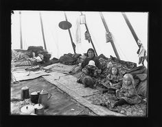 Woman and children sitting inside tipi Native American Teepee, Native American Photos, Native American Women, American Indians, Native American Genocide, Native Americans, Plains Indians, West Indian, Old West