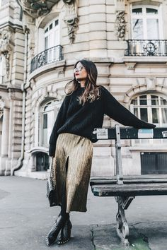 Metallic_Dress-Gold_Skirt-Pleated-Celine_Boots-Outfit-Paris-PFW-Street_Style-16