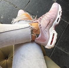 the best attitude fa1d4 ff568 Adidas Women Shoes - Tendance Chausseurs Femme 2017 Sneakers femme Nike Air  Max Plus TN (ninidokovic) - We reveal the news in sneakers for spring  summer ...