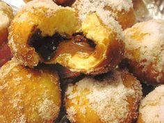Πανεύκολα Donuts -Ντόναντς Αφρός !!!Εγγυημένη επιτυχία!! Beignets, Sweetest Day, Onion Rings, Mediterranean Recipes, Greek Recipes, Doughnut, Donuts, Pancakes, French Toast