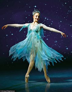 Just was hoping to see that you are ok. But I'm breathing and trying to let go of worries. Was so worried for you the other night. But couldn't drive. Ballet Art, Ballet Dancers, Ballet Shoes, Tutu Costumes, Ballet Costumes, Ballerina Costume, Zoella, Ballet Images, Dance Poses
