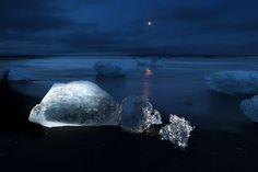 Icebergs floating in Jokulsarlon Glacial Lagoon of Vatnajokull Ice Cap