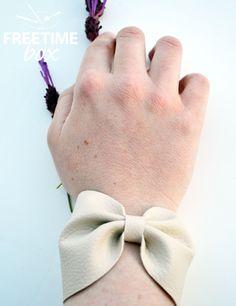 Tuto DIY réaliser un bracelet nœud en simili cuir.