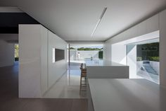 Balint House by Fran Silvestre Architects