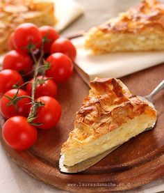 My favorite Romanian dish. Savoury Biscuits, Savory Tart, Romanian Food, Queso Feta, Eat Dessert First, Pastel, International Recipes, Quick Easy Meals, My Favorite Food