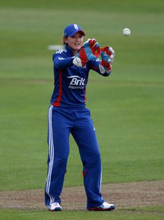 Top Most Beautiful Girls in Women Cricket England Cricket Team, 10 Most Beautiful Women, Cricket Wallpapers, Cricket Sport, World Star, People Of The World, Athletic Women, Latest Pics, Sport Girl