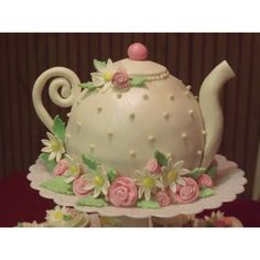 Teapot Cake by brownidgrl65 on Cake Central found on Polyvore