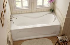 For everyday leisure, look no further than the MAAX® Cocoon x Soaker Bathtub! Its durable, high-shine acrylic construction stays warm to the touch as you get in and out of the tub. Cheap Bathroom Remodel, Bathtub Remodel, Cheap Bathrooms, Budget Bathroom, Bathroom Ideas, Bathroom Remodeling, Small Bathrooms, Bath Ideas, Bathroom Inspiration