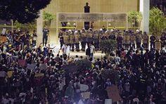 Nas redes sociais, as outras causas por trás dos protestos | VEJA.com Dolores Park, Social Networks