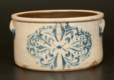 One Gallon Stoneware Cake Crock Antique Crocks, Old Crocks, Antique Stoneware, Stoneware Crocks, Primitive Antiques, Antique Pottery, Pottery Art, Glazes For Pottery, Glazed Pottery