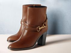 Leather ankle boots with heritage-inspired buckles from @Burberry for S/S14 http://www.brby.co/131  pic.twitter.com/VbyWPLzCbj
