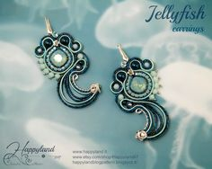 Soutache earrings OOAK lenght Made with original swarovski components and sterling silver Macrame Earrings, Soutache Jewelry, Shibori, Soutache Tutorial, Swarovski, Fabric Jewelry, Schmuck Design, Silver Roses, Fabric Flowers
