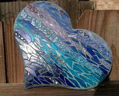beautiful heart mosaic...grout shading  Mosaic Art & Craft Supplies  www.mosaictiles.com.au  #mosaicartandcraft #mosaicsupplies