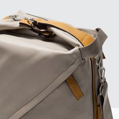 Image 4 of DUFFLE BAG WITH BUCKLE from Zara
