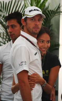 Jenson Button and Jessica Michibata Photos - Zimbio