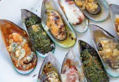 Mussels served 5 Ways -Pesto, Garlic, Italiano, Buffalo, Diablo by Ask Chef Dennis seafood recipe food recipeoftheday delicious appetizer tasty 209417451408224185 Fish Dishes, Seafood Dishes, Fish And Seafood, Seafood Recipes, Cooking Recipes, Healthy Recipes, Mussel Recipes, Oyster Recipes, Seafood Platter
