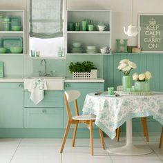 INSPIRACIÓN: #Verde que te quiero verde. #Deco look al natural con la #silla Kandem  #decoración #interiorismo