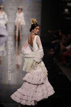 Fotografías Moda Flamenca - Simof 2014 - Loli Vera 'Besos flamencos' Simof 2014 - Foto 06