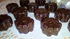 Zdravé vianočné bonbóny Cookies, Chocolate, Desserts, Food, Chocolate Candies, Crack Crackers, Tailgate Desserts, Deserts, Biscuits