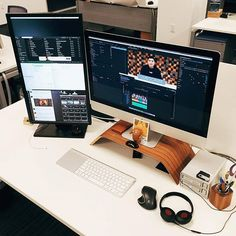 Great video editing setup by @heymarkl #SetupTour #setup #workspace #workstation #apple #mac #imac #pro #professional #interior #design #interiordesign #ux #ui #designer #developer #code #clean #simple #minimal #minimalist #minimalism #desk #desktop #desksetup #productivity #tech #technology #photography #videoediting
