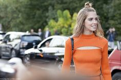 Chiara Ferragni wore a total Louis Vuitton FW15 look when attending the SS16 #PFW show. Photography by Hana for journeyintolavillelumiere.com