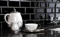 The Mini Metro Kitchen Wall Tiles Range Black Wall Tiles, Black Subway Tiles, Beveled Subway Tile, Black Walls, Black Backsplash, White Tiles, Design Room, Home Design, Subway Tiles