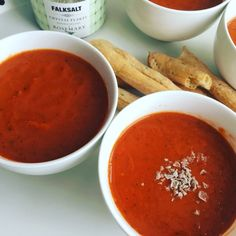 Urgent homemade classic tomato soup: quick, low calorie, gluten free, grain free, nut free, soy free, and can be dairy free too