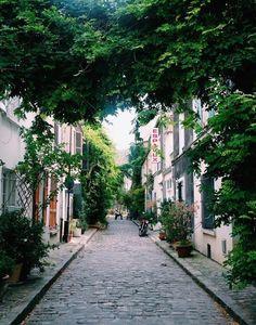 Rue Des Thermopiles | Gorgeous views of Paris | Travel