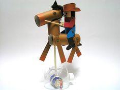 ゴムの力で電池がゴロゴロ動く あばれ馬をのりこなせ! Easy Crafts, Diy And Crafts, Toy Craft, Science, Japan, Toys, Daughters, School Projects, Activity Toys