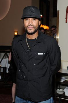 Maxwell Hello Gorgeous, Simply Beautiful, Gorgeous Men, Soul Artists, Neo Soul, My Muse, Guys Be Like, Classic Man, Black Power