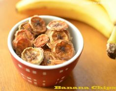 Banana Chips without a Dehydrator via @Super Healthy Kids/ // #banana #kidssnack #fiber #B6 #folate