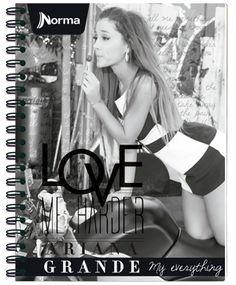 Cuadernos Ariana Grande